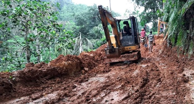 Reports of a hotel construction in Sinharaja, baseless