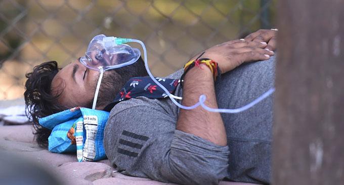 Delhi oxygen crisis deepens as more patients die