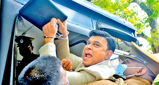 Chandrika Bandaranaike requests pardon for MP Ramanayake
